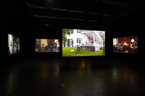 Ragnar-Kjartansson-The-Visitor-Luhring-Augustine-2013.-Installation-view-1